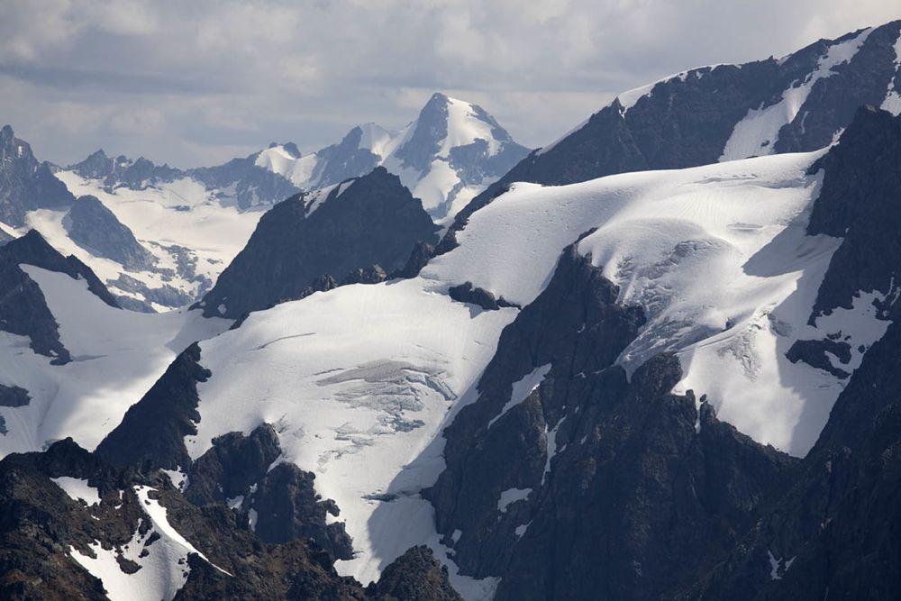 glaciated peaks of North Cascades National Park, Washington ...